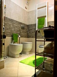 The bathroom: Large, comfortable and functional