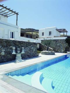 Villa Galaxy's private Jacuzzi pool