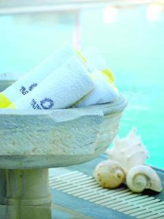 Pool towels in Greek and Chic style