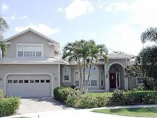 Waterview and Heated Pool - room for 2 families, Marco Island