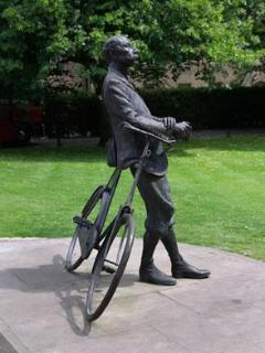 Statue of Elgar in Hereford City Centre