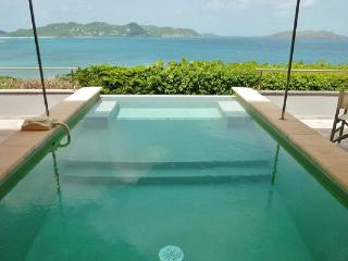 Beautiful villa offering wonderful views of the ocean and sunset WV DEL, Pointe Milou