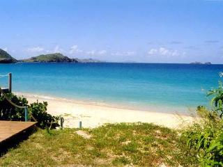 Cozy, open-plan villa with direct pathway to Flamands Beach  WV ALB, St. Barthelemy