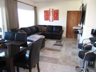 3 Bedroom Portofino Condo - Pedregal - Great Value, Cabo San Lucas