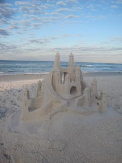 Like making sancastle? The Dunes has over 1500+ sq ft of sandy beaches