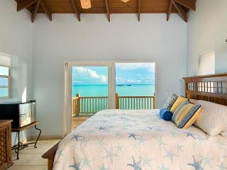 Three Cays Villa