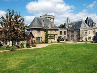 Chateau Flacelliere Pavilion, Bressuire