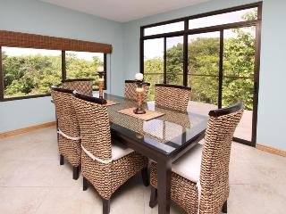 Dining room, overlooking mountains