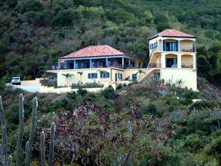 Amarilla Villa, Coral Bay