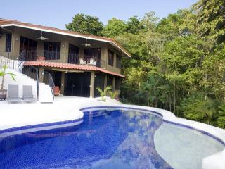Brooks Hacienda, Manuel Antonio National Park