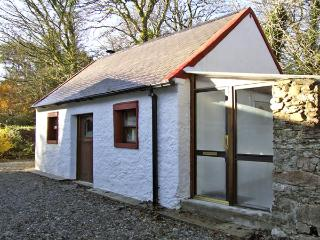 ALDERLANE STABLES, romantic, with open fire in Wexford Town, County Wexford