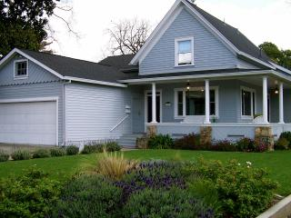 Fantastic Downtown Napa Home, Walk to Dining/Shops - SAVE on Jan/Feb nights