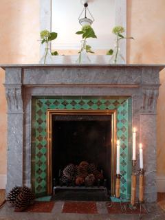 Marble fireplace in bedroom \'Hossegor\'