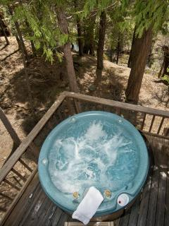 Hot tub from above (no diving!)