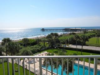 ** Direct Oceanfront Penthouse ** Next to Pier!, Cocoa Beach