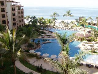 Puerto Vallarta 1 or 2 BD, 5 Star BEACHFRONT, Nuevo Vallarta