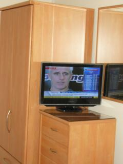 BEDROOM 3 - PLASMA TV/DVD PLAYER + FREEVIEW