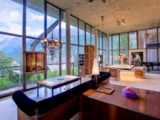 Heinz Julen Loft  Mountain Exposure Zermatt - coolest chalet in the Alps