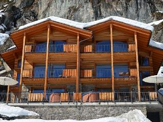 Chalet Castor Mountain Exposure Zermatt - freestanding, independent, hot tub