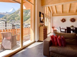 Penthouse Zeus with Matterhorn and Village views