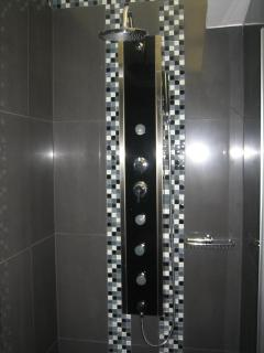 MULTI FUNCTIONAL SHOWER
