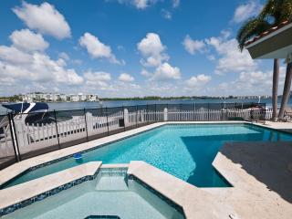 Miami Beach 5 bed 6 baths, heated pool, waterfront