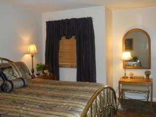 2BR/2BA Mountain-Top Condo-October dates-$80/nt, Gatlinburg