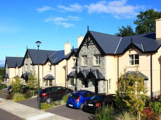 Ardmullen - Fine Contemporary  3 Bed Townhouses