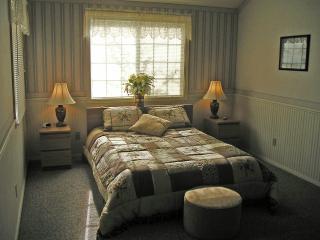 Large bedroom with queen-size Tempurpedic
