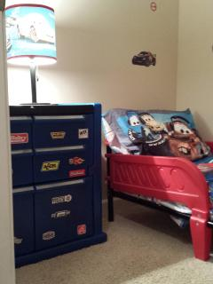 Cars Themed Toddler Room, Technically a Very Small 5th Bed Room Idea for 2 to 4 Years old.