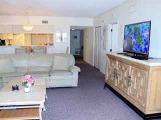 Top Floor Oceanview Condo @ Beach Cottage Resorts