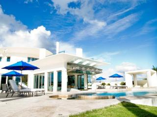 Luxury 5 bedroom Anguilla villa. Luxury!