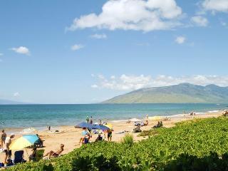 Maui Banyan-Remodeled, Ocean View Top Floor Condo!, Kihei