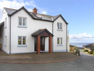 SEASCAPE, family friendly, with a garden in Trearddur Bay, Ref 4389