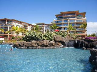 Gorgeous 2 Bedroom, 2 Bathroom Partial Ocean View