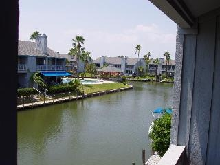 Aloha Retreat with Boat Slip: $189/nt - $929 /wk, Rockport