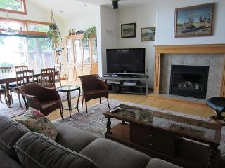 Comfortable seating, gas fireplace, big screen TV