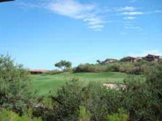 Ventana Golf Course at Your Back Door! - Extended patio and recent upgrade!!!, Tucson