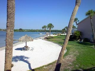 12 steps to the Beach; Florida Sun Coast Condo, St. Petersburg