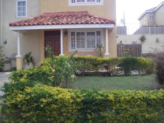 Montego  Bay Mango Walk Country Club Townhouse, Montego Bay