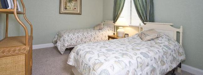guest bedroom, 2 singles
