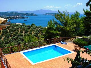 Luxury villas , private pools, stunning sea view., Vasilias