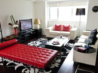 Downtown Toronto 4BR Townhouse