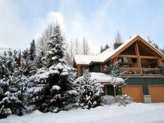 Luxury Whistler Accommodations - 4 Bedroom Townhome
