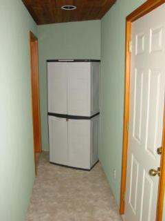 Lockable Ski, Poles and Golf Storage Locker.