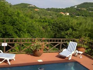 Villa Darcy - Ideal for Couples and Families, Beautiful Pool and Beach, Cap Estate