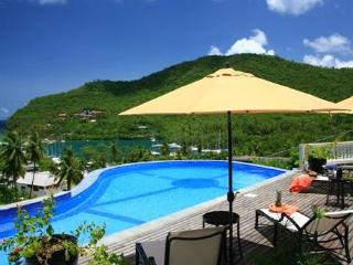 Ashiana Villa - Ideal for Couples and Families, Beautiful Pool and Beach