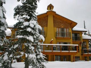 Paradise Ski Home, Sun Peaks