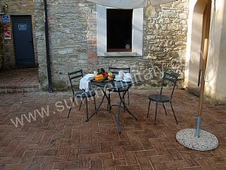 Casa Castore E, Lippiano