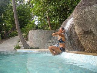 Romantic and fun waterfall!